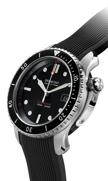 Bremont S500 Bk 18 Watch Side View